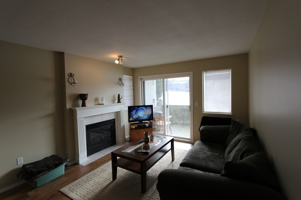 Main Photo: 111 650 SW 3rd Street: Salmon Arm Condo for sale (Shuswap)  : MLS® # 10092796