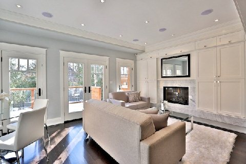 Photo 10: 43 Balmoral Ave in Toronto: Yonge-St. Clair Freehold for sale (Toronto C02)  : MLS(r) # C3072777