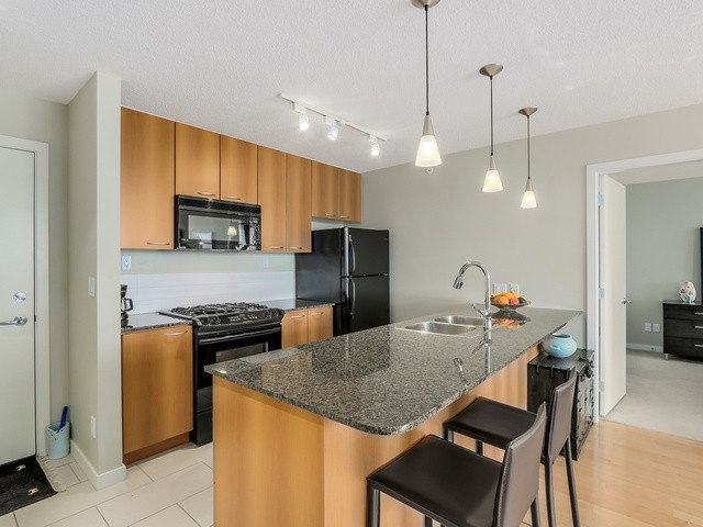 Photo 5: 1705 7108 Collier St in Burnaby: Highgate Condo for sale (Burnaby South)  : MLS® # V1115010
