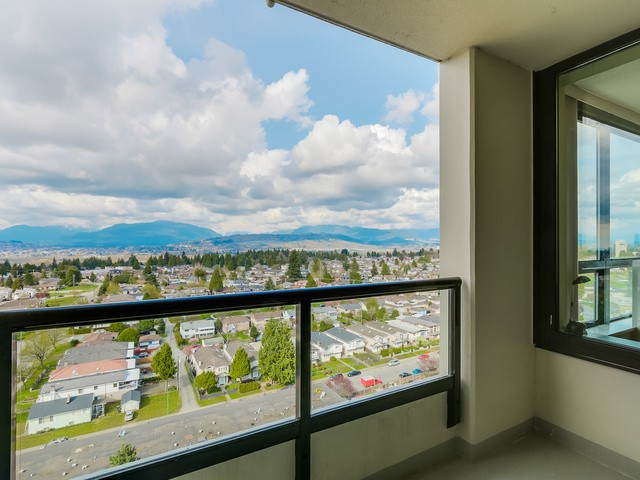Photo 8: 1705 7108 Collier St in Burnaby: Highgate Condo for sale (Burnaby South)  : MLS® # V1115010