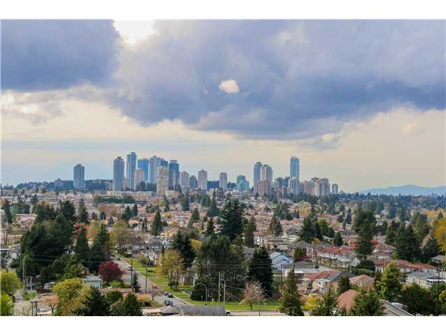 Photo 9: 1705 7108 Collier St in Burnaby: Highgate Condo for sale (Burnaby South)  : MLS® # V1115010