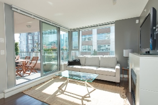Main Photo: 502 587 W 7 AVENUE in Vancouver: Fairview VW Condo for sale (Vancouver West)  : MLS® # R2005408
