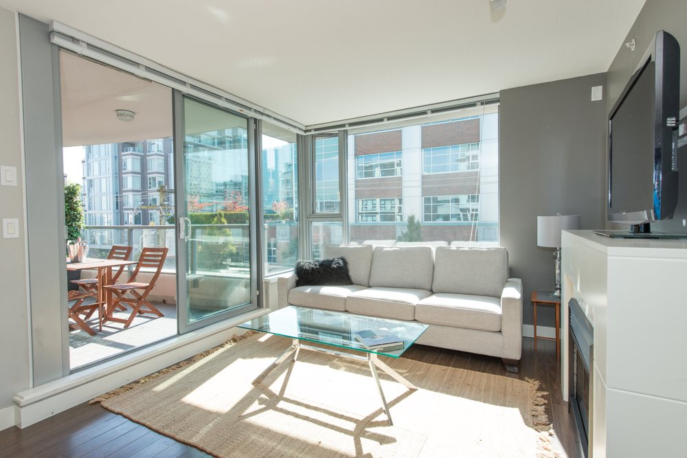 Main Photo: 502 587 W 7 AVENUE in Vancouver: Fairview VW Condo for sale (Vancouver West)  : MLS®# R2005408