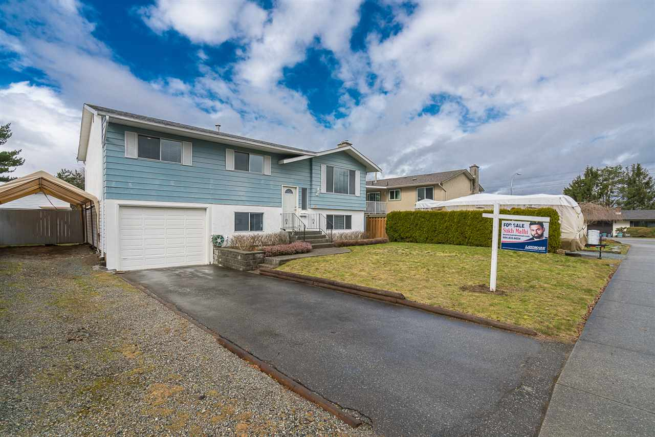 Photo 2: 3095 MCCRAE STREET in Abbotsford: Abbotsford East House for sale : MLS® # R2145460