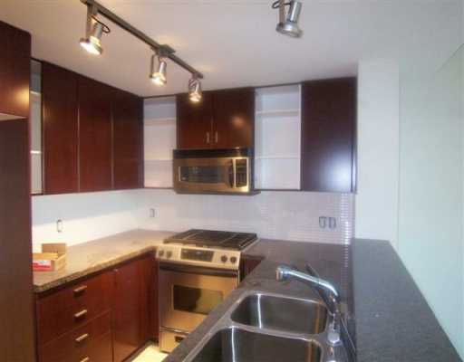 Main Photo: 415 6888 Southpoint Drive in Burnaby: South Slope Condo for sale (Burnaby South)  : MLS® # V599664