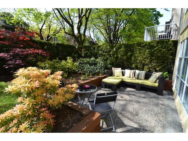 "Main Photo: 107 611 W 13TH Avenue in Vancouver: Fairview VW Condo for sale in ""Tiffany Court"" (Vancouver West)  : MLS® # V1005478"