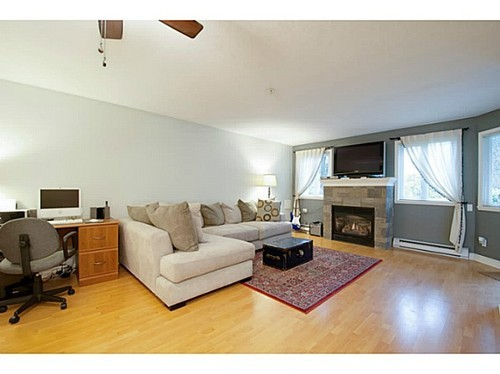 Photo 3: 101 7139 18TH Ave in Burnaby East: Edmonds BE Home for sale ()  : MLS(r) # V991747