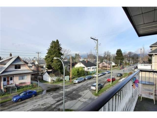 Main Photo: # 302 1611 E 3RD AV in Vancouver: Grandview VE Condo for sale (Vancouver East)  : MLS® # V1055361
