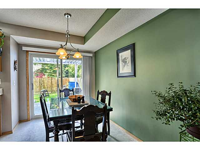 Perfect size breakfast nook overlooking the rear yard