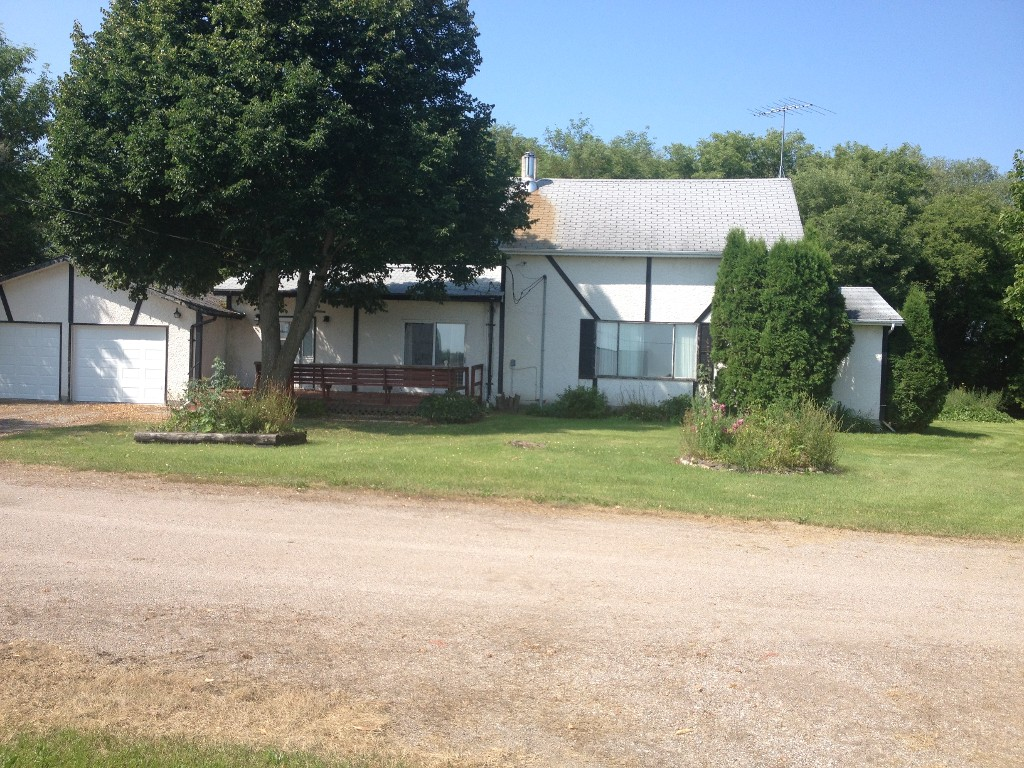 Main Photo: 47094 Mile 72N in Beausejour: House for sale (RM of Brokenhead)