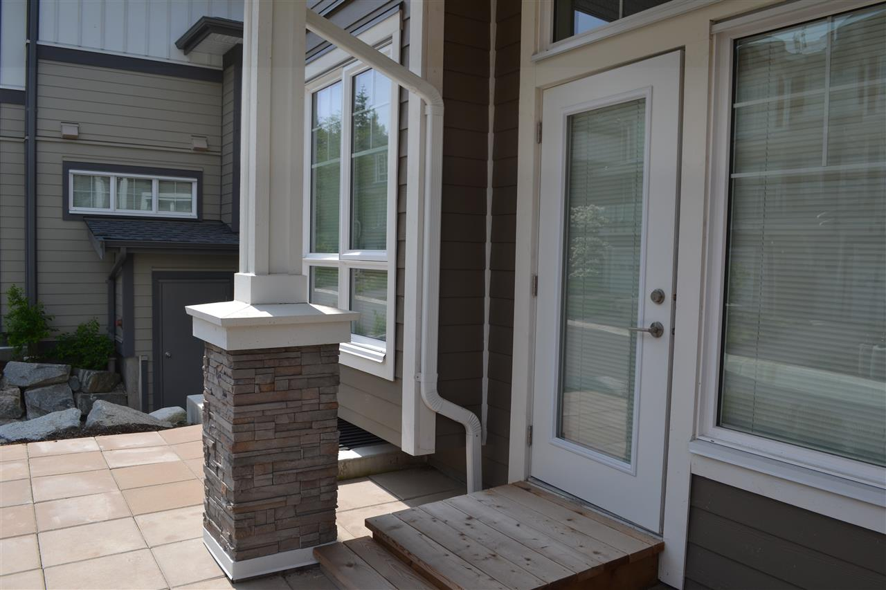 Photo 8: 5990 BEACHGATE LANE in Sechelt: Sechelt District Townhouse for sale (Sunshine Coast)  : MLS® # R2063345