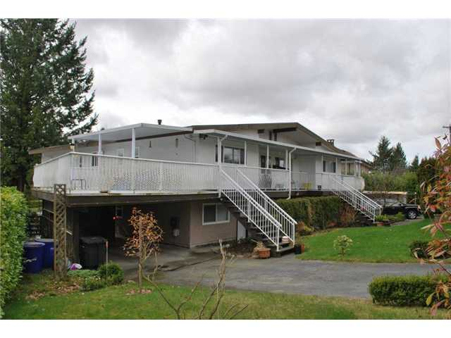 Photo 8: 1026 RIDLEY Drive in Burnaby: Sperling-Duthie House Duplex for sale (Burnaby North)  : MLS® # V938818