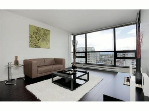 Main Photo: 1602 6331 BUSWELL Street in Richmond: Brighouse Condo for sale : MLS® # V986129