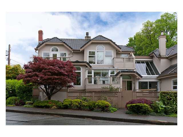 Main Photo: 1158 ARBUTUS Street in Vancouver: Kitsilano Townhouse for sale (Vancouver West)  : MLS® # V1007596