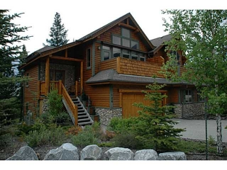 Main Photo: 124 Krizan Bay: Canmore House Duplex for sale : MLS(r) # C3573032