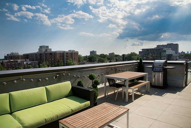 Main Photo: 2 Gladstone Ave Unit #607 in Toronto: Little Portugal Condo for sale (Toronto C01)  : MLS(r) # C3278521
