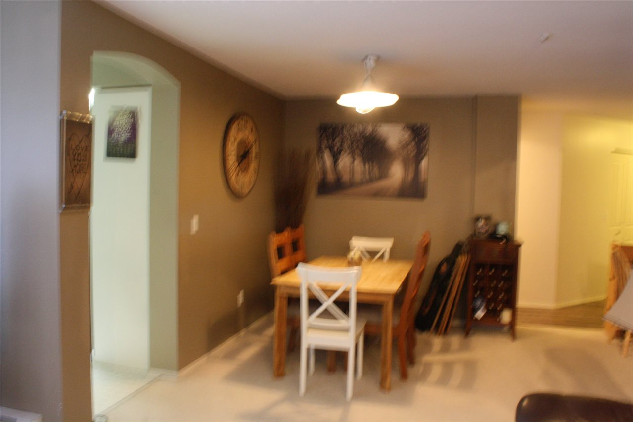 Photo 8: 212 20976 56 AVENUE in Langley: Langley City Condo for sale : MLS(r) # R2147690