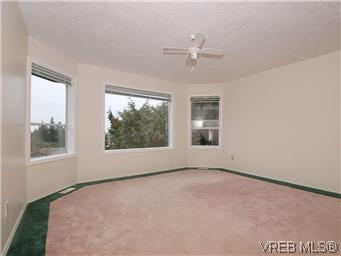 Photo 12: 3334 Haida Drive in VICTORIA: Co Triangle Single Family Detached for sale (Colwood)  : MLS® # 304122