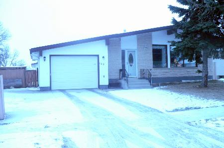 Main Photo: 103 MANDAN: Residential for sale (Maples)  : MLS® # 1123820