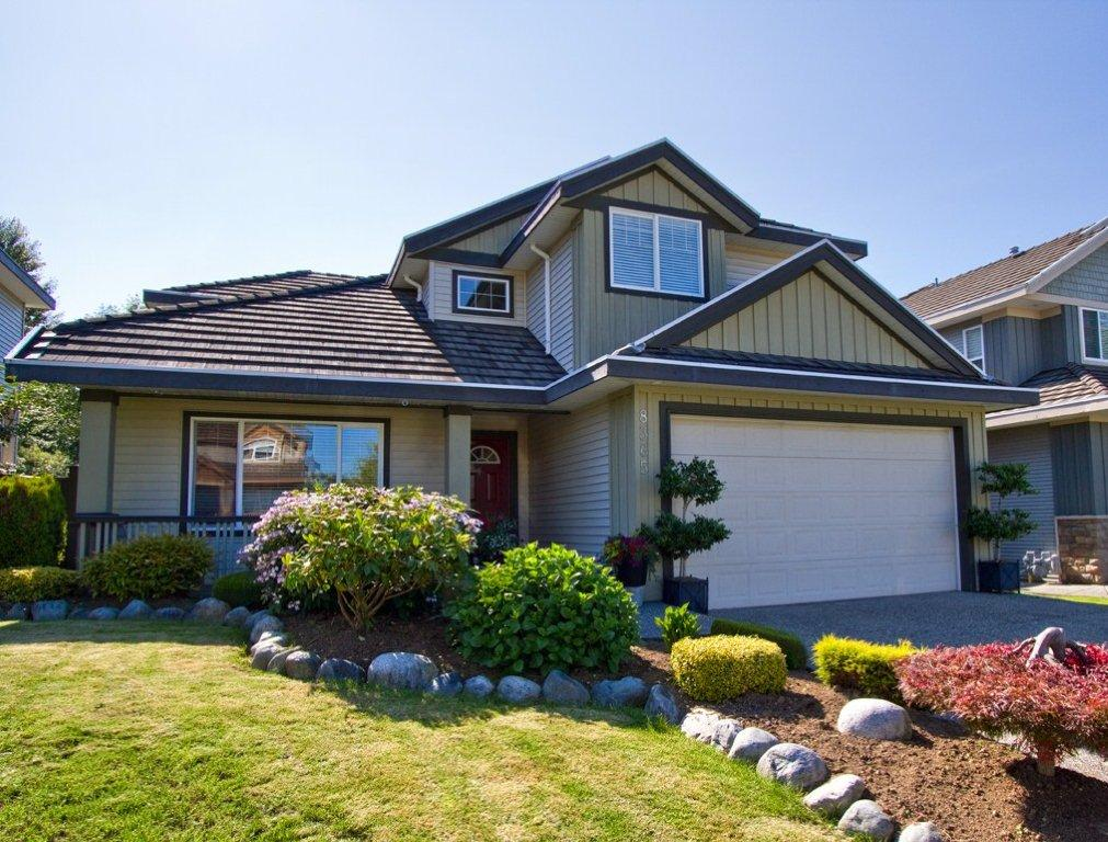 "Main Photo: 8365 167A Street in Surrey: Fleetwood Tynehead House for sale in ""FLEETWOOD"" : MLS®# F1216730"