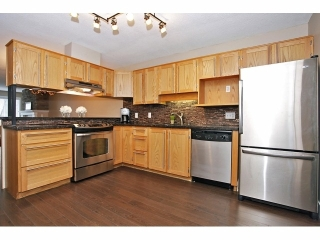 Main Photo: # 127 7837 120A ST in Surrey: West Newton Condo for sale : MLS® # F1403513