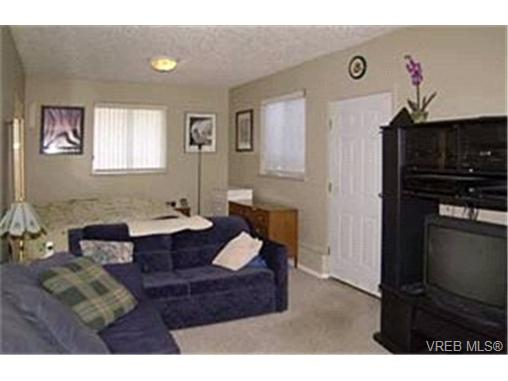 Photo 6: 214 Jamie Place in VICTORIA: La Florence Lake Single Family Detached for sale (Langford)  : MLS® # 226631