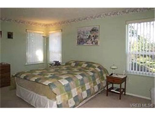 Photo 7: 214 Jamie Place in VICTORIA: La Florence Lake Single Family Detached for sale (Langford)  : MLS® # 226631