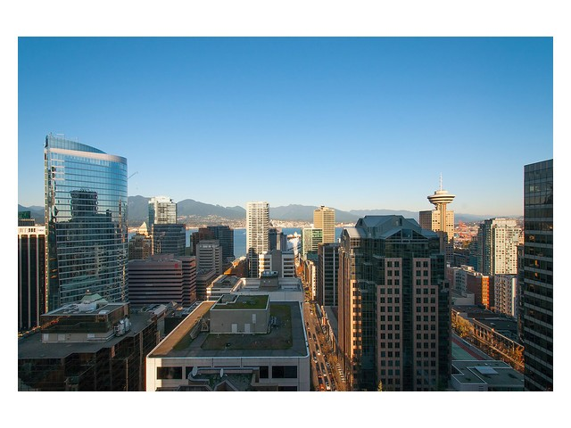 Main Photo: # 2604 667 HOWE ST in Vancouver: Downtown VW Condo for sale (Vancouver West)  : MLS® # V1093939