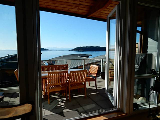 Photo 9: 6496 WILDFLOWER PL in Sechelt: Sechelt District Condo for sale (Sunshine Coast)  : MLS(r) # V1107940