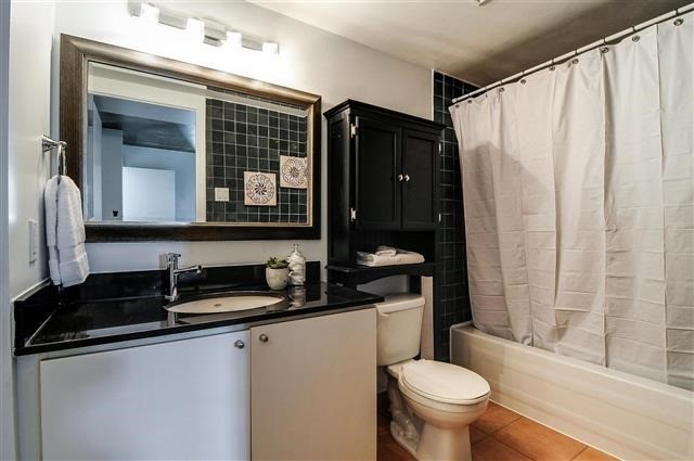 Photo 4: 954 King St W Unit #106 in Toronto: Niagara Condo for sale (Toronto C01)  : MLS(r) # C3407664