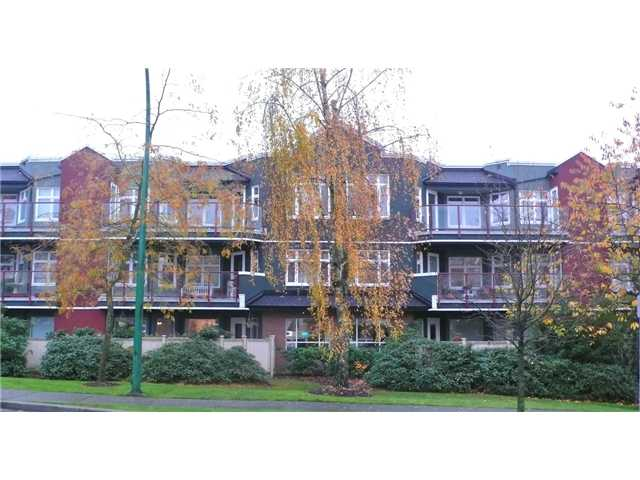 "Main Photo: 208 121 W 29TH Street in North Vancouver: Upper Lonsdale Condo for sale in ""SOMERSET GREEN"" : MLS®# V1022848"