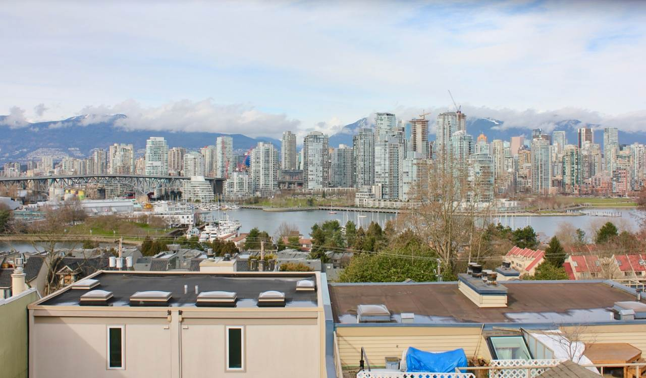 Main Photo: 1141 W 8TH AVENUE in Vancouver: Fairview VW Townhouse for sale (Vancouver West)  : MLS® # R2141744