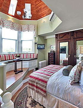 Two-story suite in Newport, RI