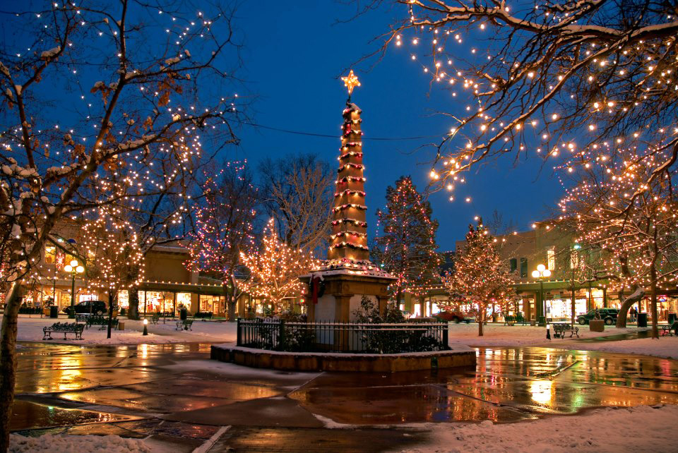 Santa Fe Holidays; A Season of Magic