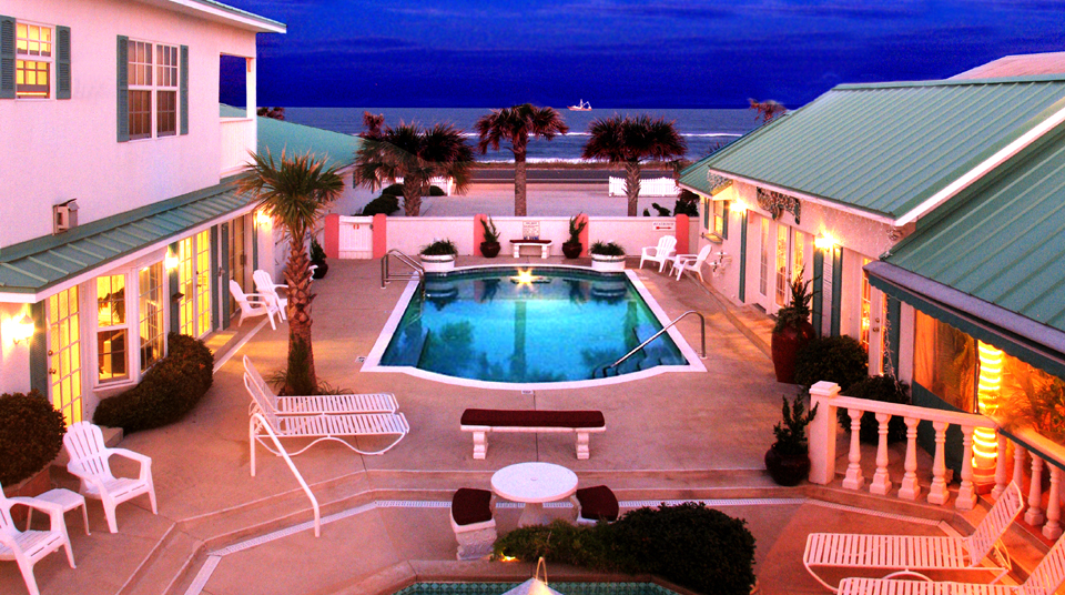 Island Cottage Oceanfront Inn and Spa, for Ultimate Romance