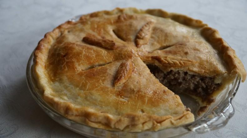 canadian-meat-pie