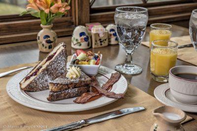 breakfast-020logo