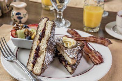 breakfast-019logo