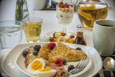 breakfast-02logo