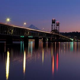 Bridge into Hood River