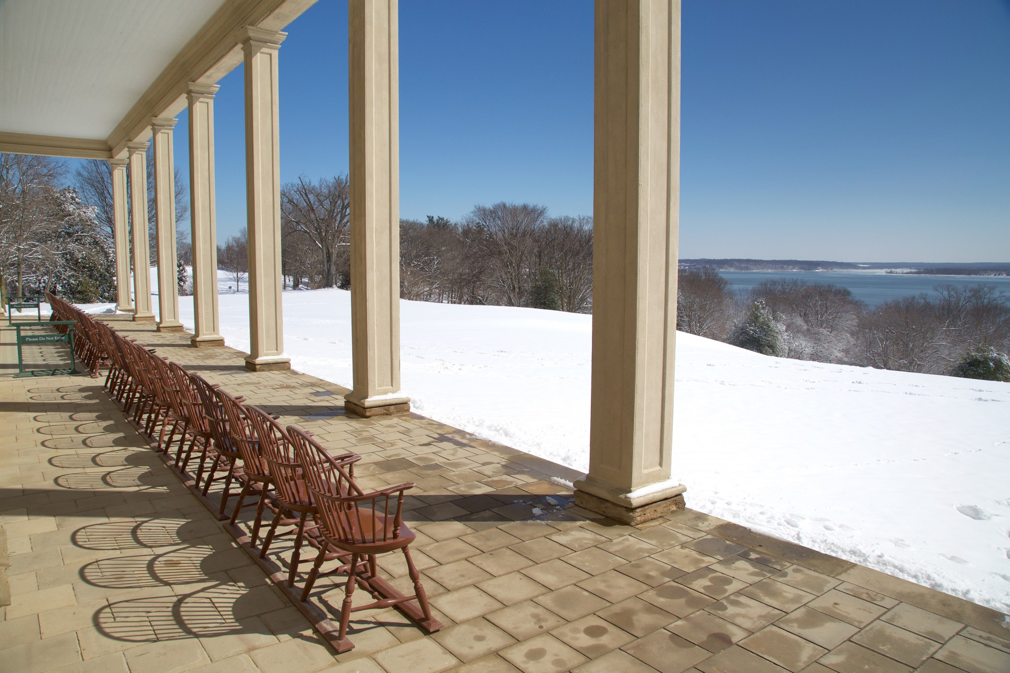 Ten facts about the mansion george washingtons mount vernon the piazza is one of george washingtons contributions to colonial virginian architecture amipublicfo Gallery
