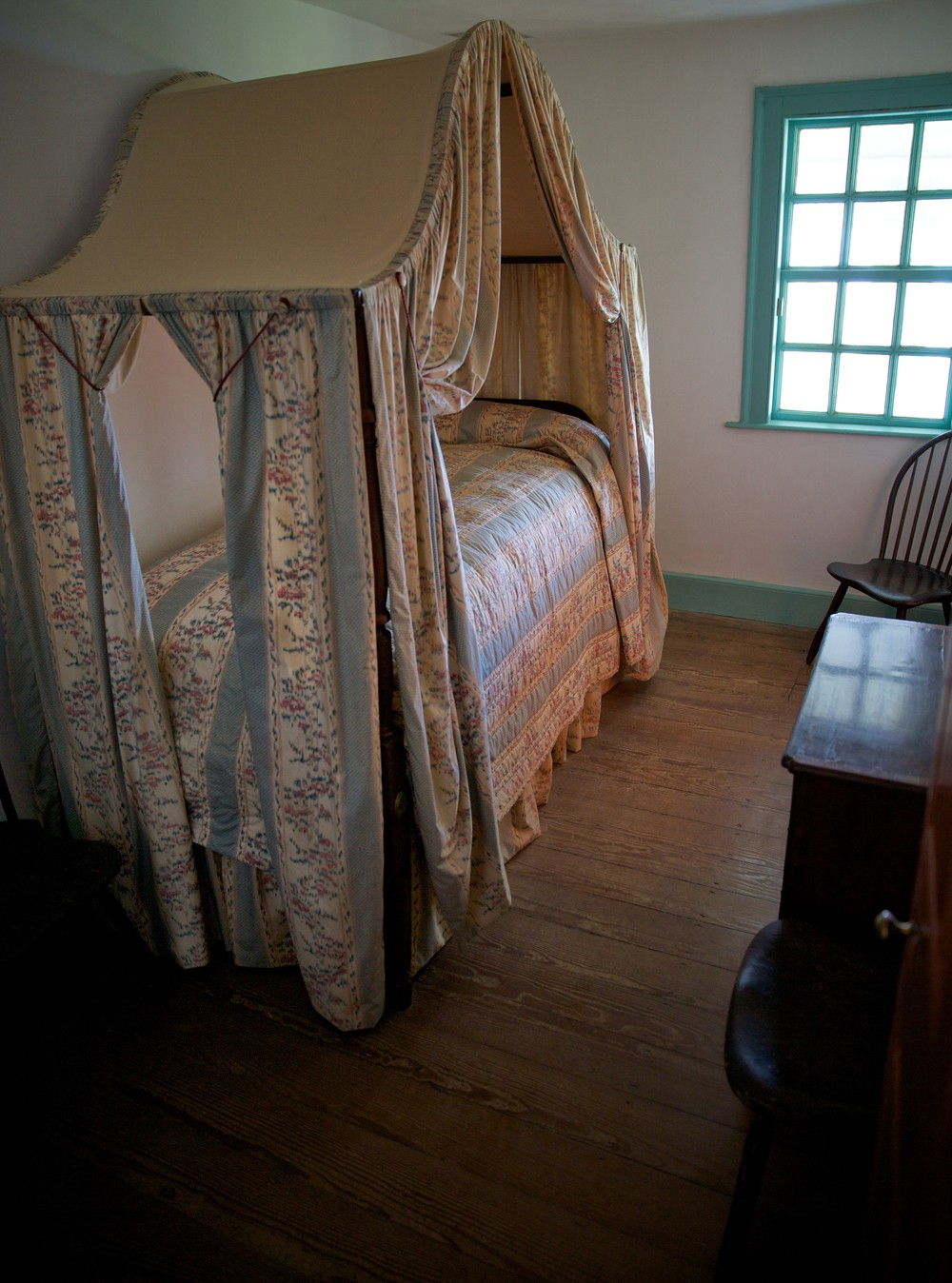Room by room george washington 39 s mount vernon for 12 x 13 room