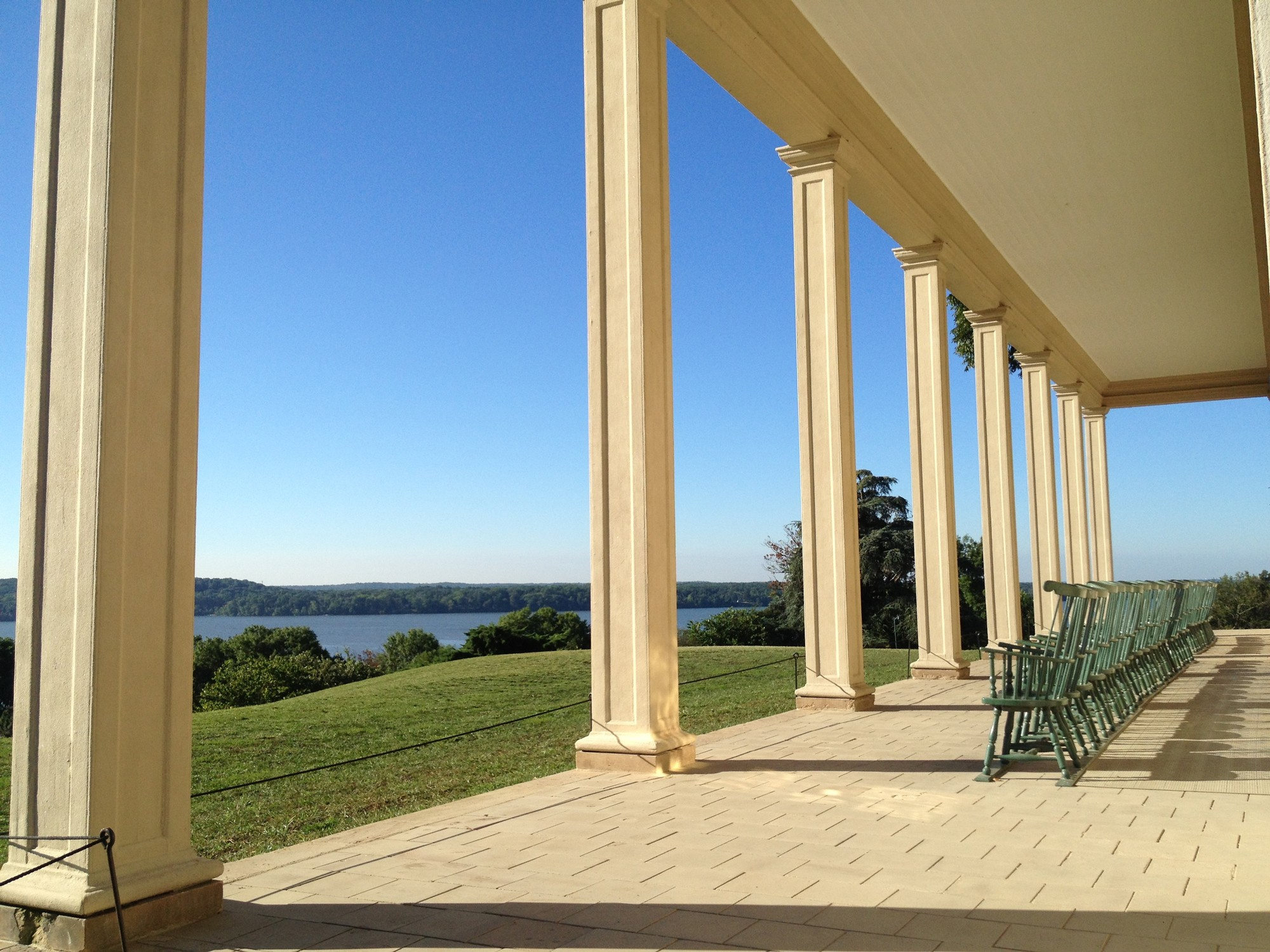 Room by room george washingtons mount vernon washington paves the piazza with stone pavers malvernweather Gallery