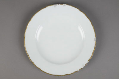 Dinner plate purchased by the Washingtons during the presidency.