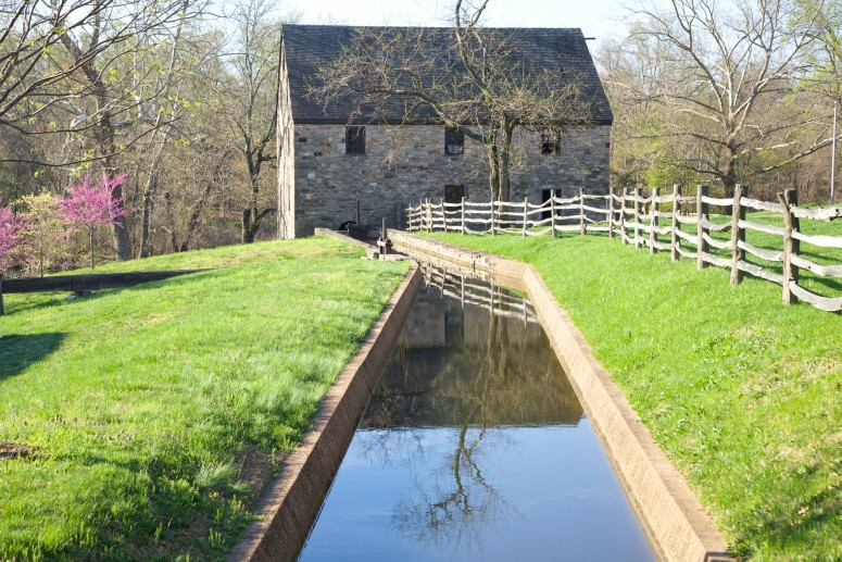 Come visit our working mill at Mount Vernon