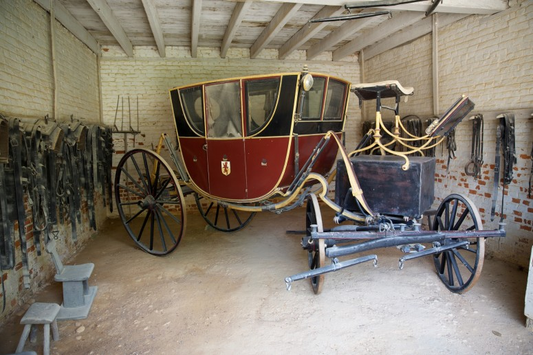 This carriage in Mount Vernon's collection is similar to the one Washington would have employed on his southern journey.  Gift of the Detroit Mount Vernon Society, 1901 (Mount Vernon Ladies' Association)