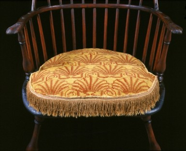 This shell pattern was cross-stitched by Martha herself over a period of decades. Six of these cushions survive at Mount Vernon today. (Mount Vernon Ladies' Association)