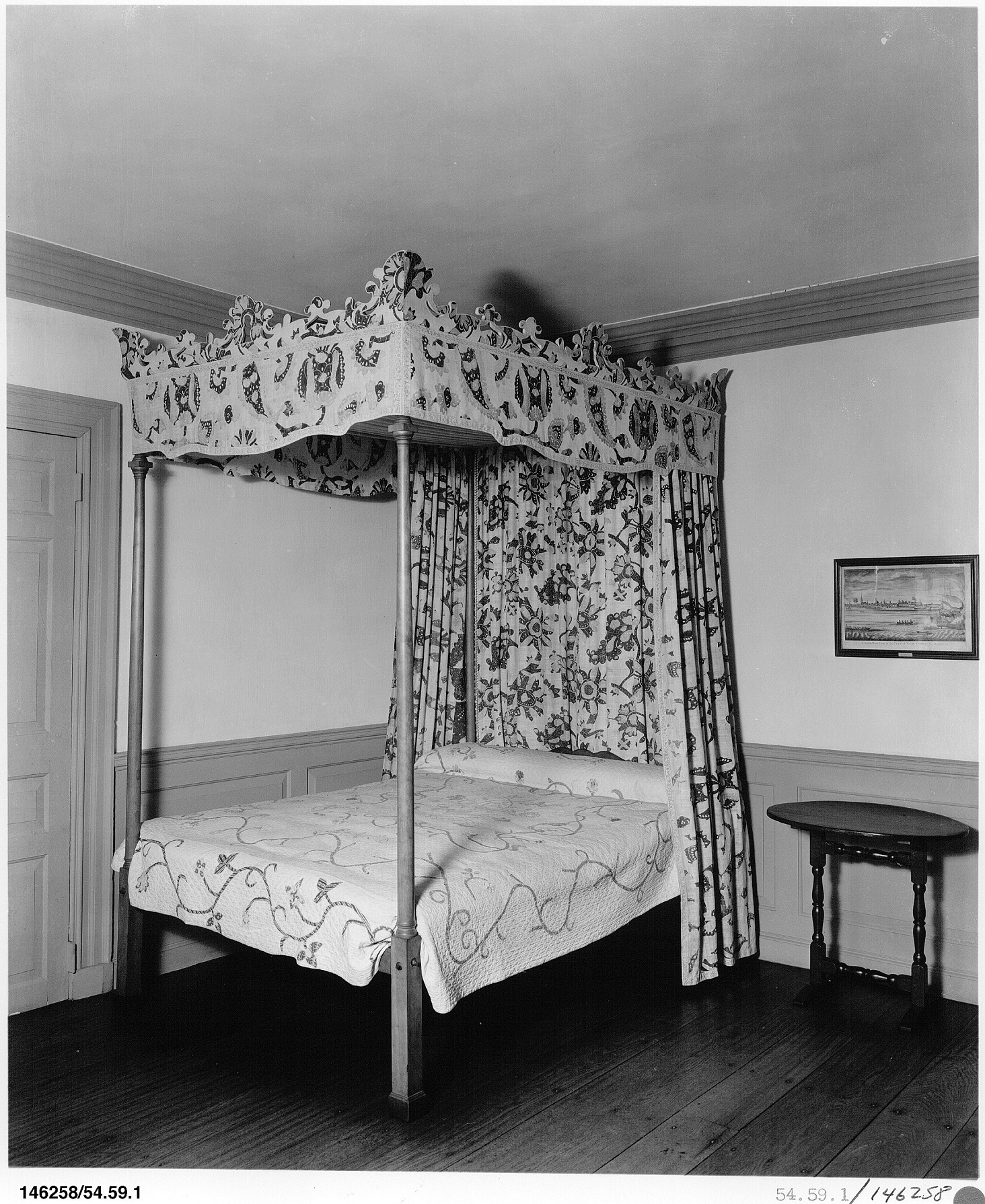 Bedstead with fabric-covered cornices, believed to have been made for the household of merchant Thomas Belden (1732-1782) and Abigail Porter (1737-1798), married in 1753, of Wethersfield, Connecticut. 49.91a-c, Courtesy of the Metropolitan Museum of Art, http://www.metmuseum.org/art/collection/search/439?sortBy=Relevance&ft=belden+porter+bed+cornice&offset=0&rpp=20&pos=1