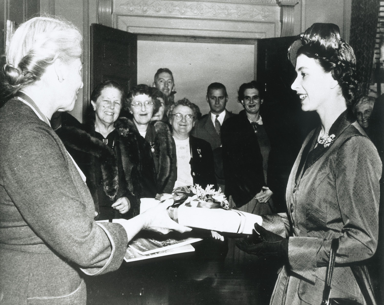 Princess Elizabeth (later Queen Elizabeth II) visits Mount Vernon in 1951
