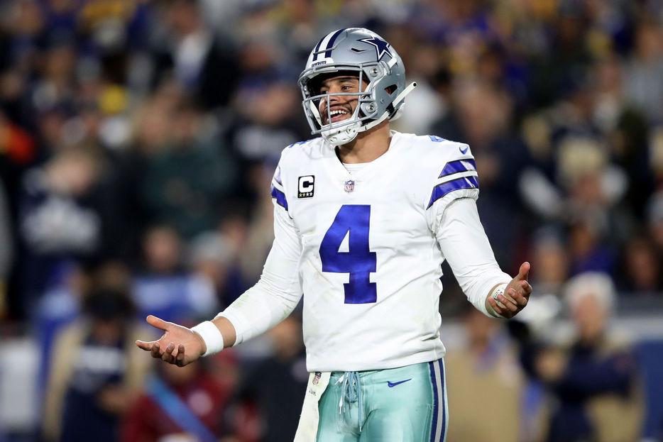 Dak Prescott firma con los Cowboys de Dallas por 31 mdd
